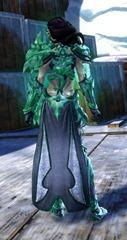 gw2-ice-encasement-outfit-sylvari-female-3