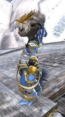 gw2-kasmeer's-regal-outfit-asura-2