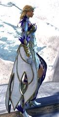 gw2-kasmeer's-regal-outfit-human-female-2