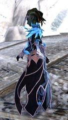 gw2-kasmeer's-regal-outfit-sylvari-female-2