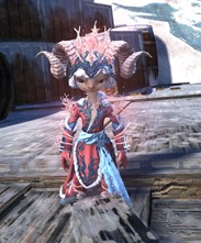 gw2-winter-monarch-outfit-female-asura