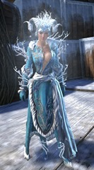gw2-winter-monarch-outfit-hfemale