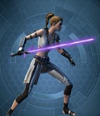 swtor-dark-honor-guard's-unstable-lightsaber-2