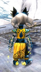 gw2-shrine-guardian-outfit-asura-3