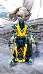 gw2-shrine-guardian-outfit-asura-4