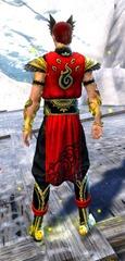 gw2-shrine-guardian-outfit-hmale-3