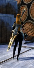 gw2-defiant-glass-greatsword-skin-2