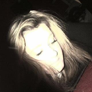 Ashton-Leigh<3
