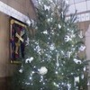 Christmas%20tree%20decorated%20with%20christian%20symbols-web