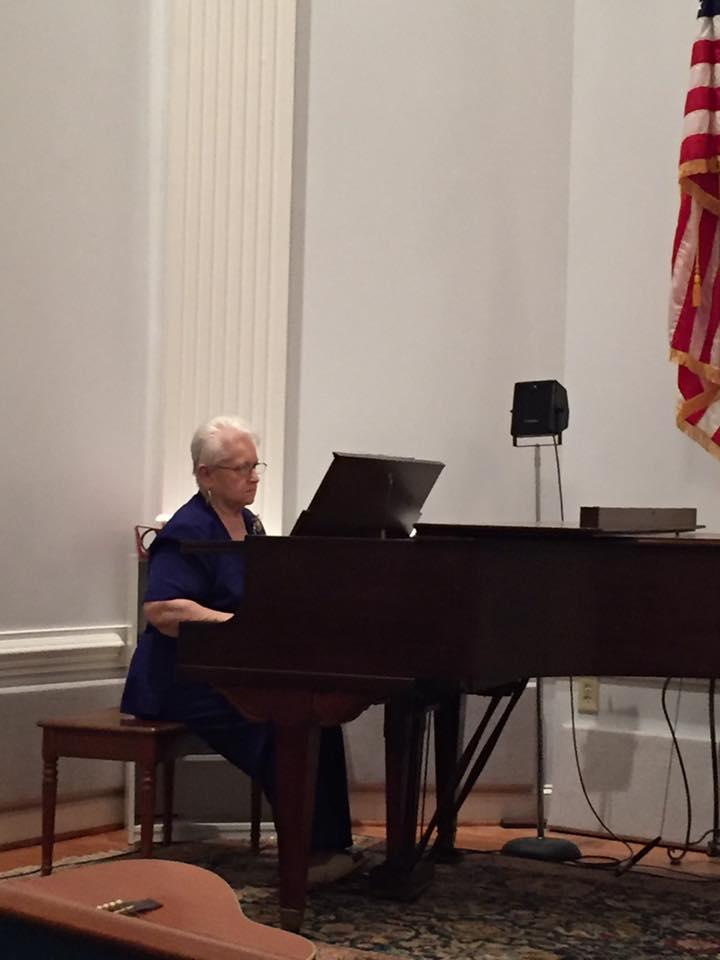 Alice Burchfield, Pianist