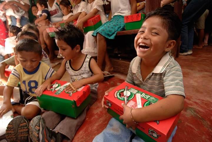 samaritans purse christmas shoebox program - Christmas Shoebox