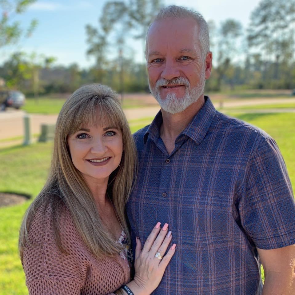 David + Rhetta Curle - Senior Pastors