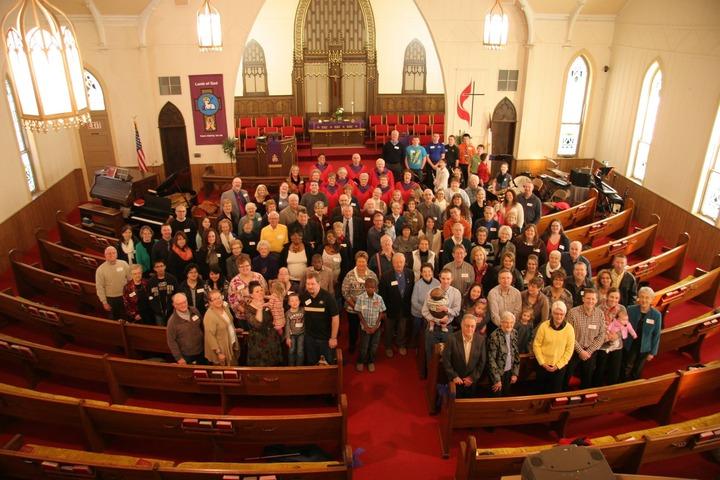 Church%20fam%20pict.%204-14-15-web