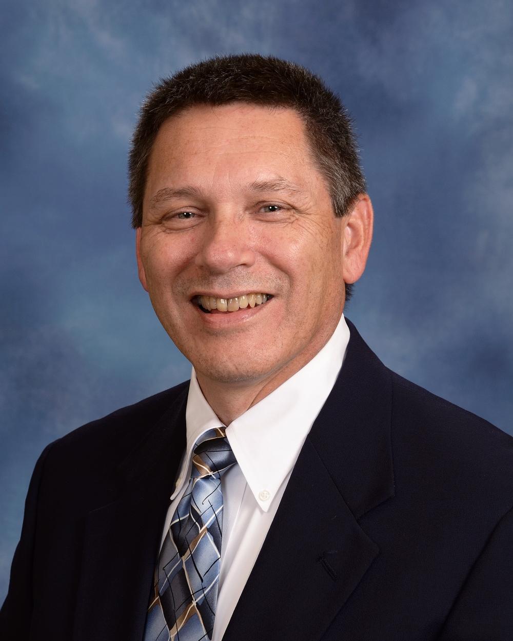 Pastor Tom Hoeke