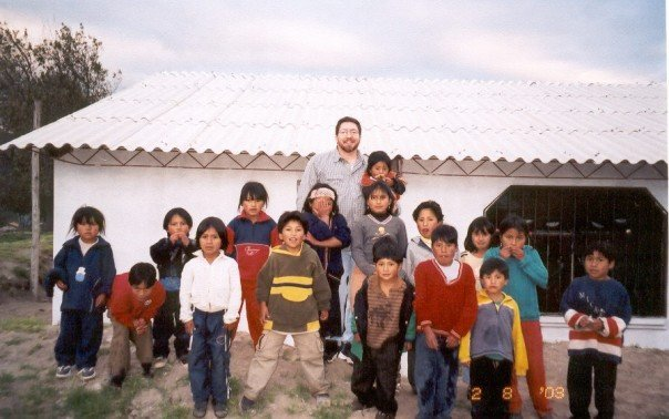 Pastor%20rob%20with%20kids%20in%20orphanage%20near%20quito,%20ecuador%20(2003)-web