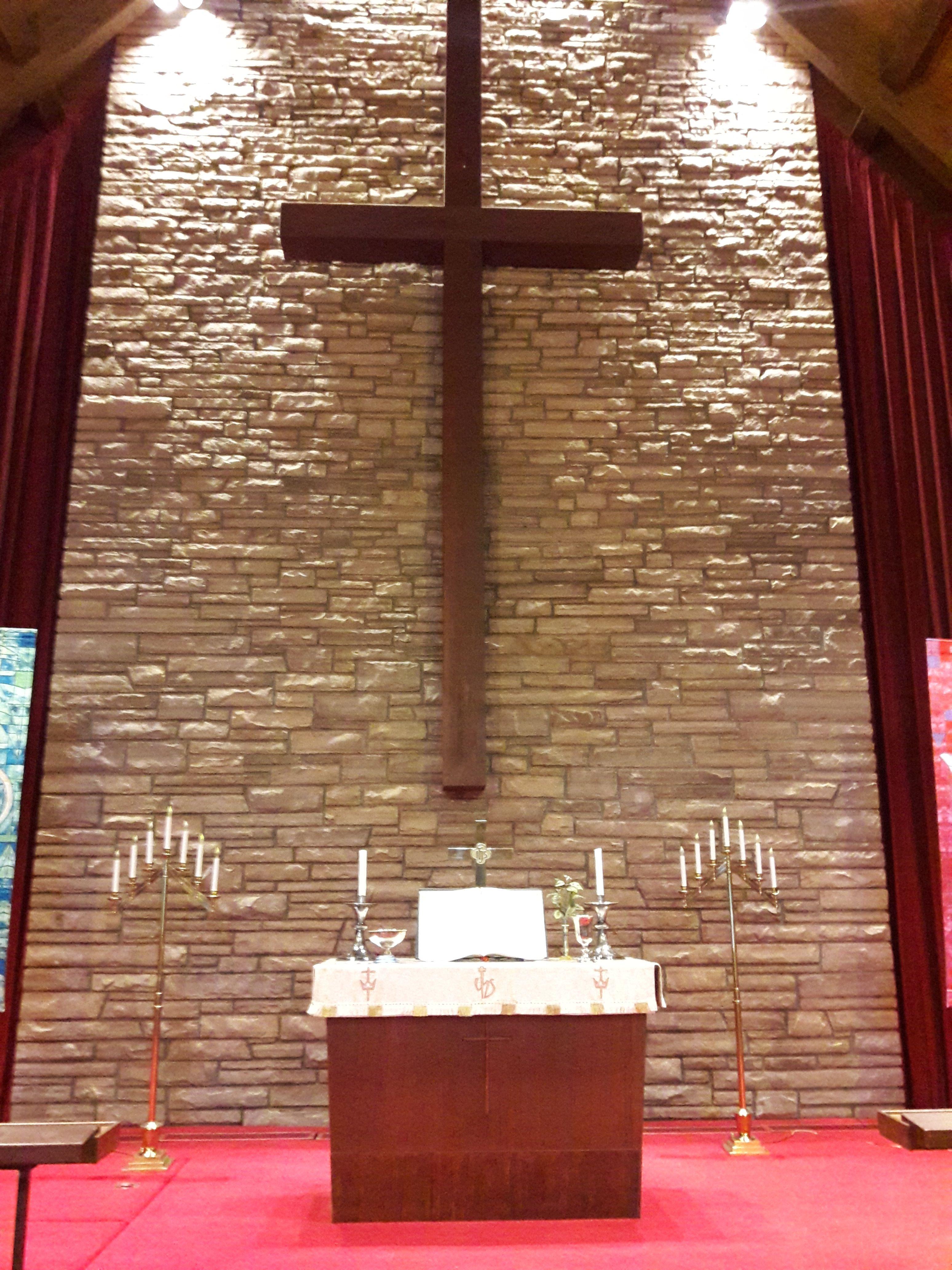 Altar%20&%20cross original