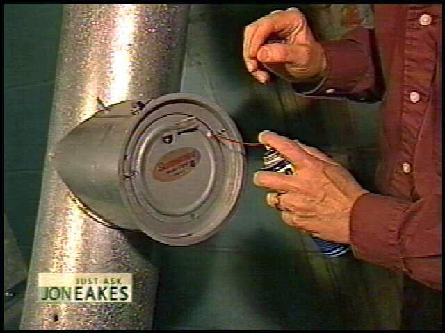 Oiling the barometric damper