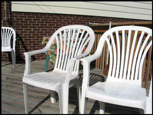 Cleaning Amp Re Finishing Plastic Patio Furniture