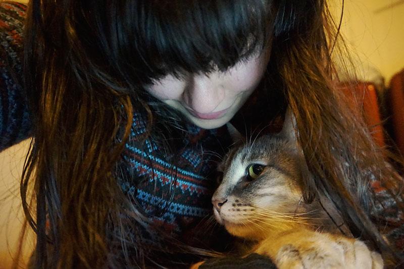 elise-xavier-pet-cat-avery-lifestyle-blog