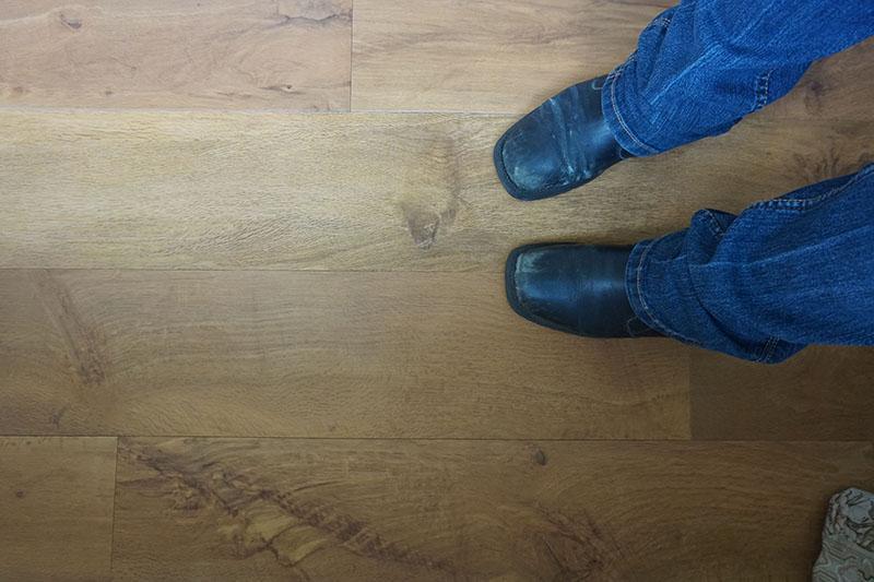 new-floors-karndean-flooring-wellington-oak