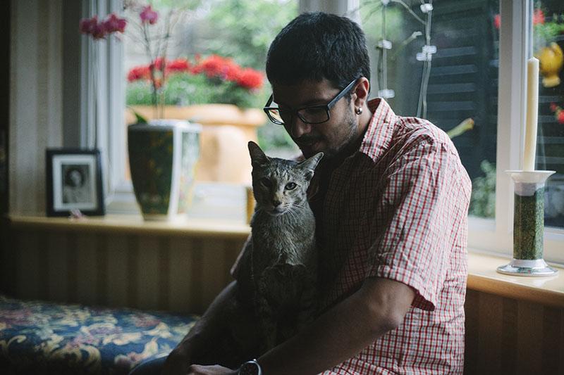 neigbours-pet-cat-sammy-sitting-with-thomas-xavier