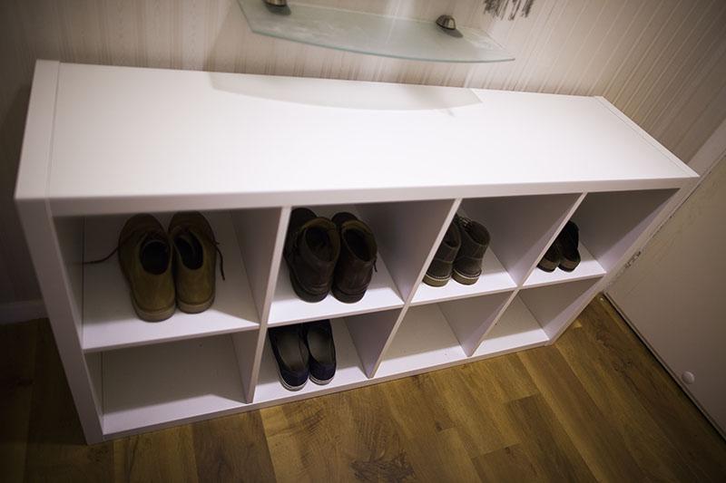 ikea-kallax-unit-as-shoe-rack-in-entrance-hallway