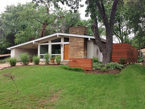This is a typical mid century modern home located in Crestwood Missouri