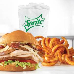 Roast Chicken Bacon & Swiss Meal from Arby's - Appleton W Northland Ave (7270) in Appleton, WI