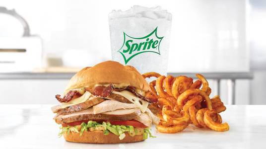 Roast Chicken Bacon & Swiss Meal from Arby's - Green Bay South Oneida St (1014) in Green Bay, WI