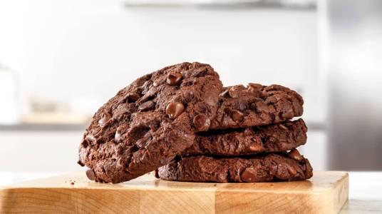 Triple Chocolate Cookie (1) from Arby's - Onalaska N Kinney Coulee Rd (8509) in Onalaska, WI
