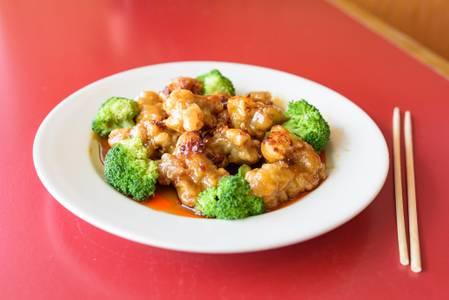 General Tso's Chicken Dinner from Chan Garden in Ann Arbor, MI