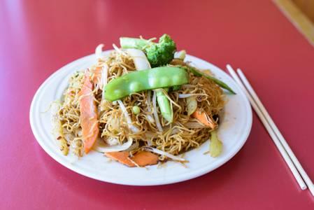 Vegetable Szechuan Lo Mein from Chan Garden in Ann Arbor, MI
