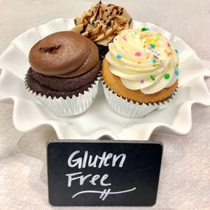 Gluten-Free Cake Cupcakes from Classy Girl Cupcakes - Jefferson St in Milwaukee, WI