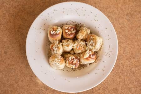 Garlic Garlic Rolls from Josephine's Pizza & Pastaria in Green Bay, WI