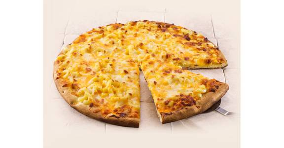 Regular Crust Pizza: Mac & Cheese from Kwik Star - Waterloo Broadway St in Waterloo, IA