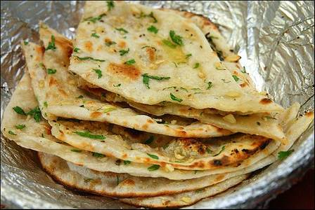 Garlic Naan from Pariwaar Delights in Jersey City, NJ