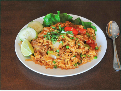 70. Kao Pad from Sa-Bai Thong - University Ave in Madison, WI