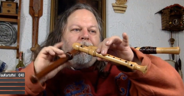Three flutes Twitch KawauTV