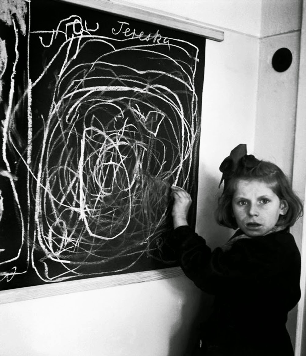 Creepy picture - child born in a concentration camp draws what she thinks of when she hears the word