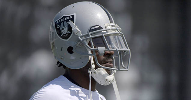 Raider's wide receiver Antonio Brown is refusing to practice unless he can use his old helmets.