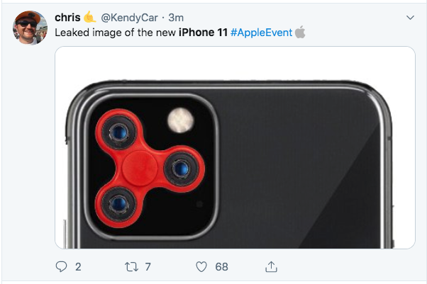iPhone 11 memes - the camera looks like a fidget spinner