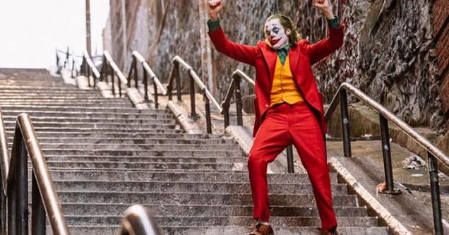Dancing Joker