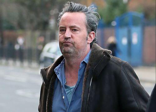 Matthew Perry looking pretty strung out