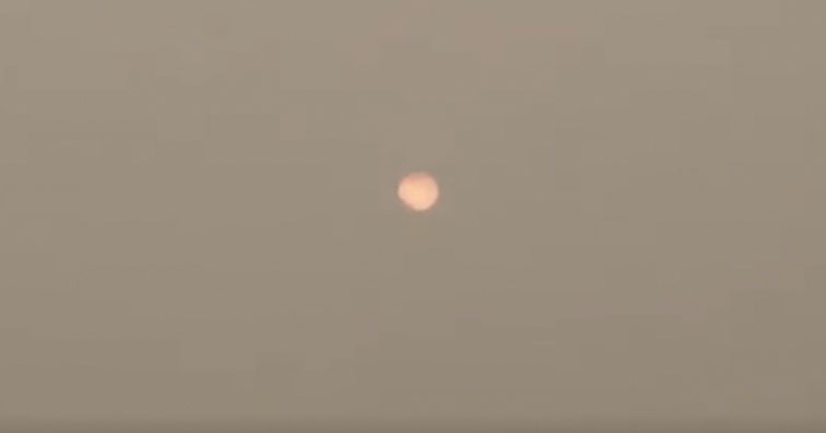 The sun in India has been blocked out by toxic smog