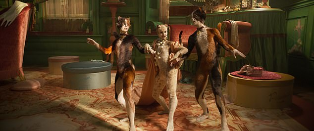 CATS the musical premiered in New York this past Monday and audience were given a first glimpse at the life-like cats human hybrid creatures they created for this roll on the stage, which for many people went a bit too far.