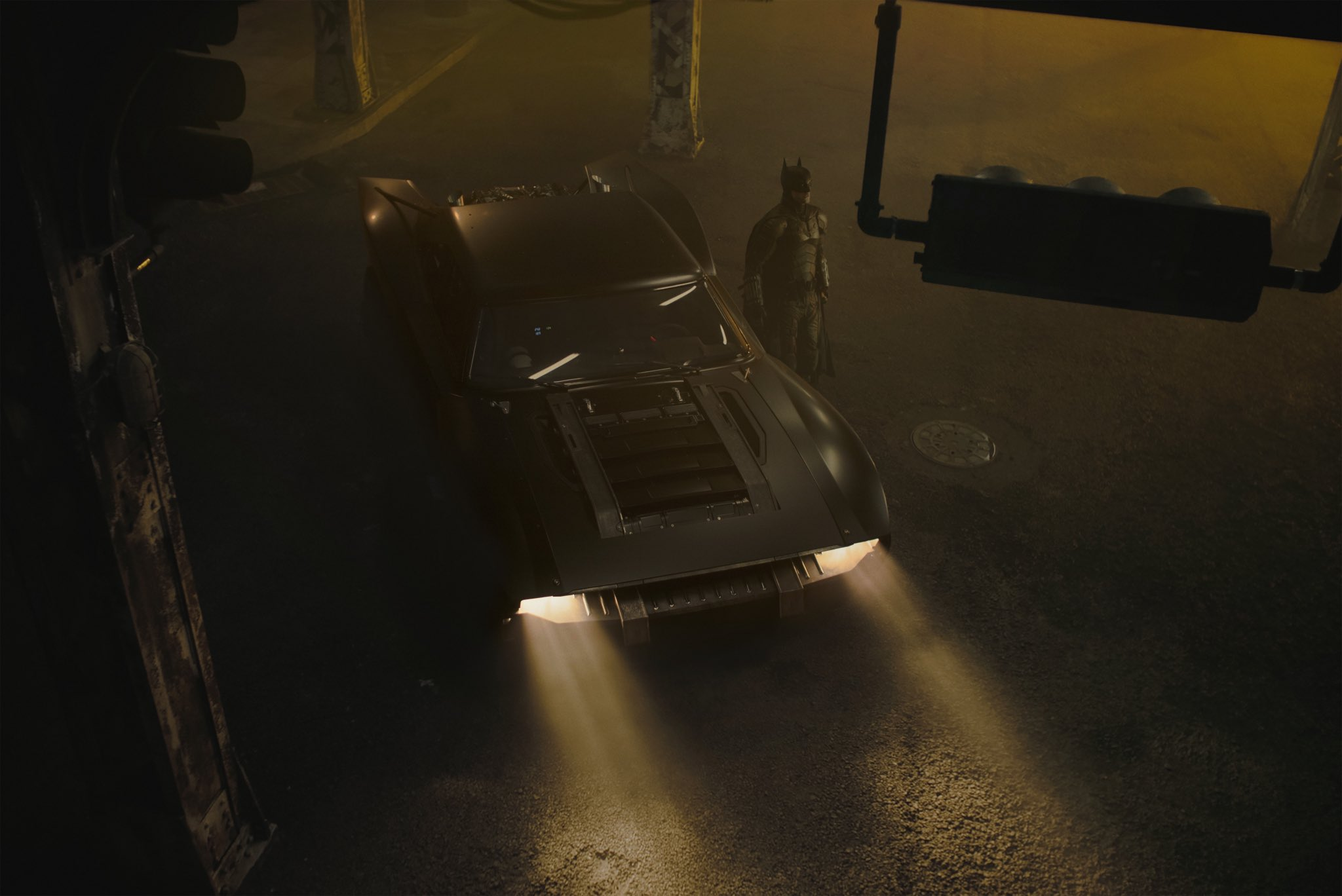 New images of the Batmobile have been released by Matt Reeves on Twitter