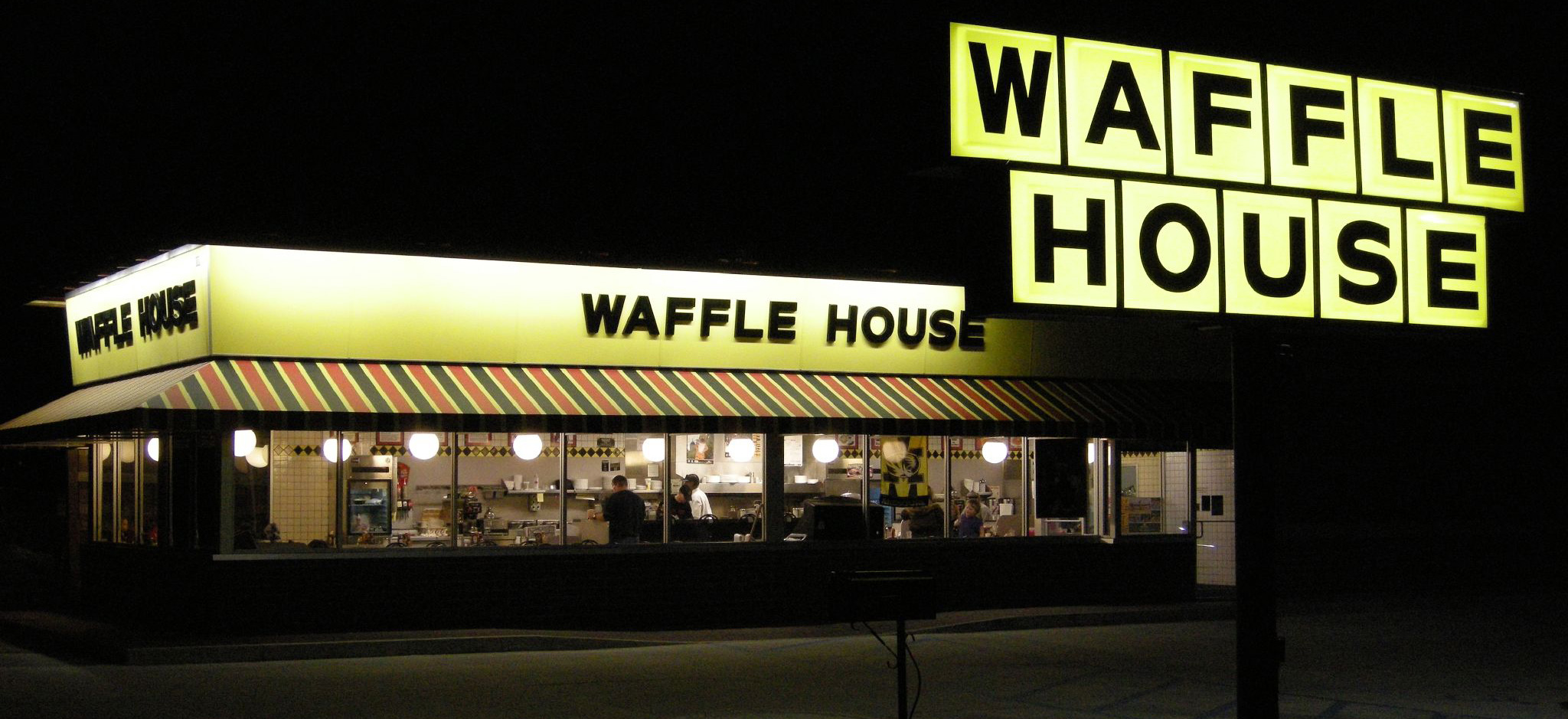 waffle house restaurant empty at night