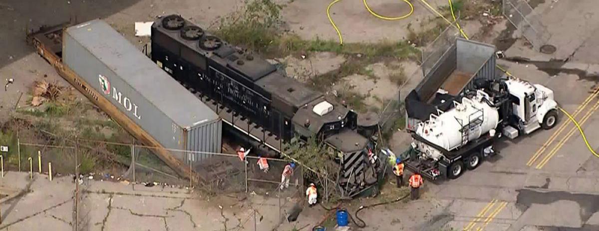 train crash in san pedro