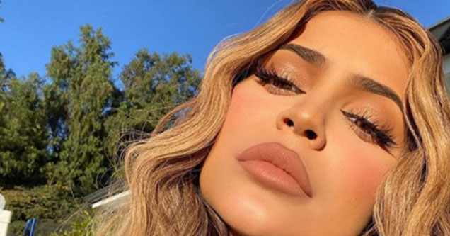 Kylie Jenner becomes a meme after a picture of her without make-up went viral, with the headline 'Kylie Jenner is white again