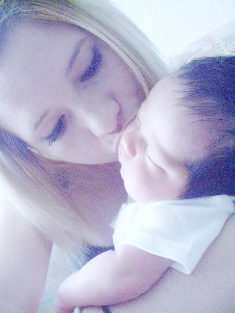 victoria thompson with son javen angel 2010